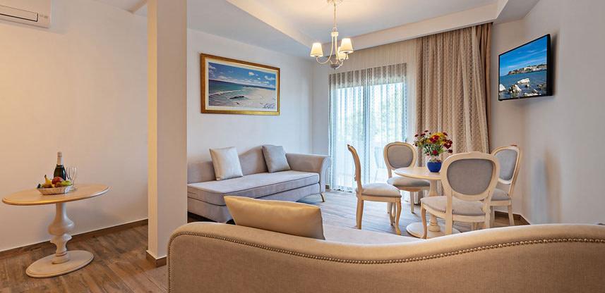 Delfina Art Crete Suites